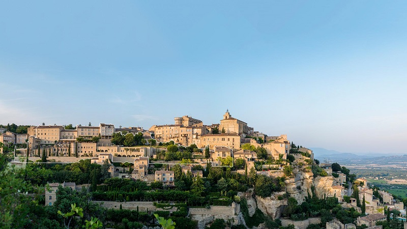 Bastide de Gordes Luxury Wedding venue in provence